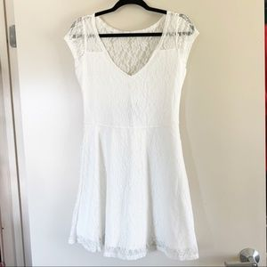 NWT Hollister White Lace Fit & Flare V-Neck Dress